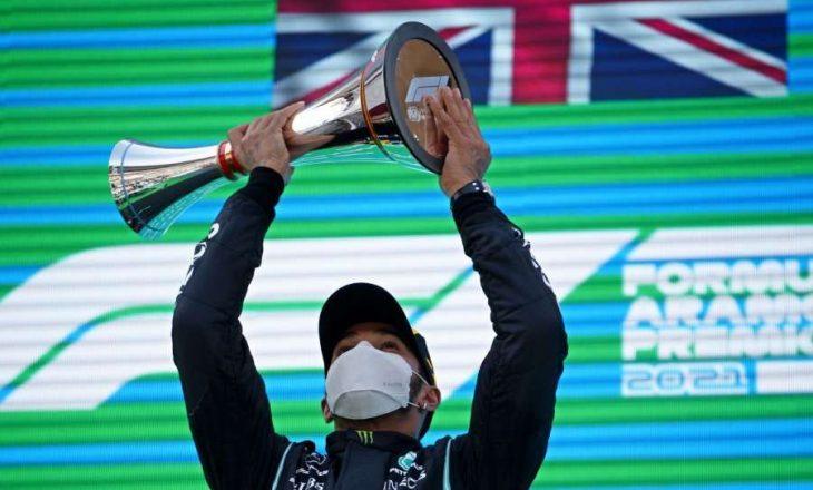 Hamilton fiton garën për çmimin e madh të Barcelonës