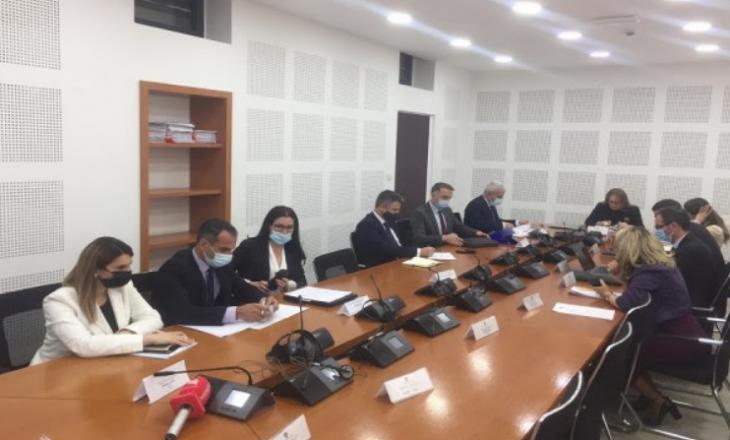 Ish-ministrja Bajrami: Nuk e di pse nuk po kthehen në Thesar 2.1 milionëshi i vjedhur