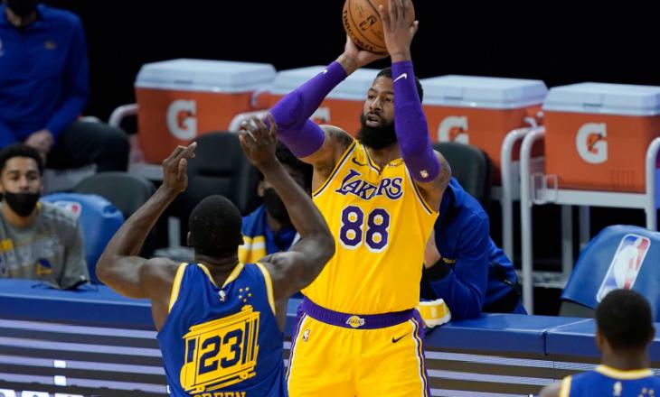 """Lakers mposht Golden State Warriors për ndeshjen """"play-in"""""""