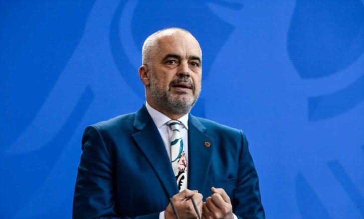 """Rama i reagon mediumit austriak që tha se """"ai kishte miratuar bashkë me Vuçiqin idenë për ndryshimin e kufijve"""""""