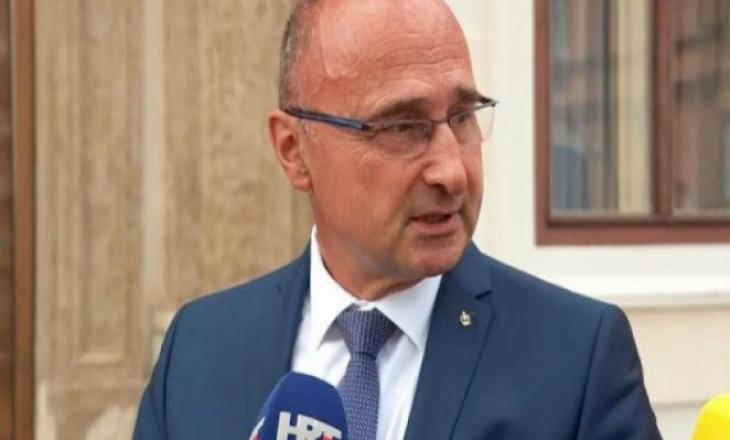 """Kroacia e Kosova """"vëllezër të armëve"""", vjen reagimi i ministrit kroat kundër Vulinit"""