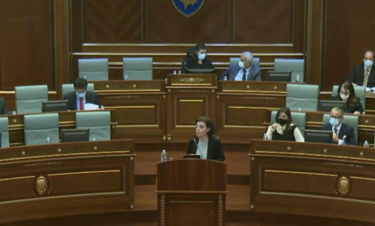 """Gërvalla i thotë PDK'së se Specialja """"s'pikoi nga qielli, ju e votuat"""", Tahiri i përgjgijet: Je përfaqësuese e Serbisë, turp për ju"""
