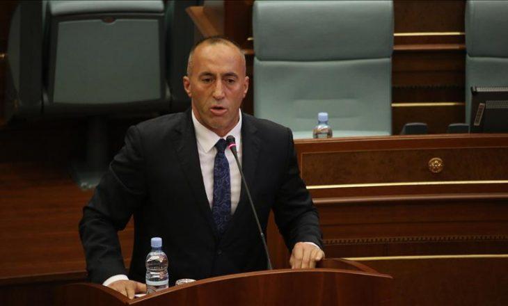 Haradinaj i kërkon Kurtit që të mos shkojë në Bruksel pa siguruar kontratën për vaksina