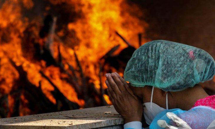 COVID-19: India epiqendra e Pandemisë, mbi 300 mijë vdekje