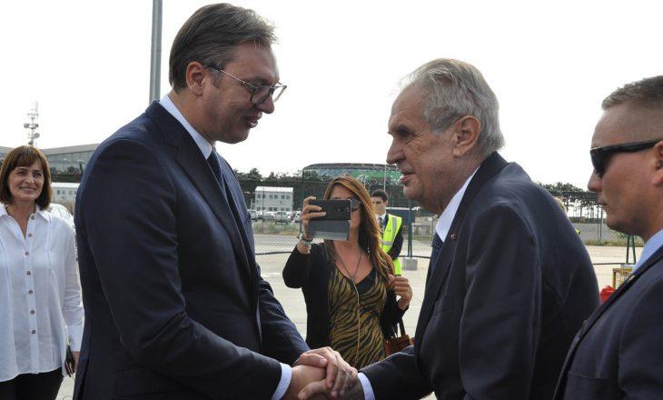 Presidenti çek i kërkon falje Serbisë për bombardimet e NATO-s