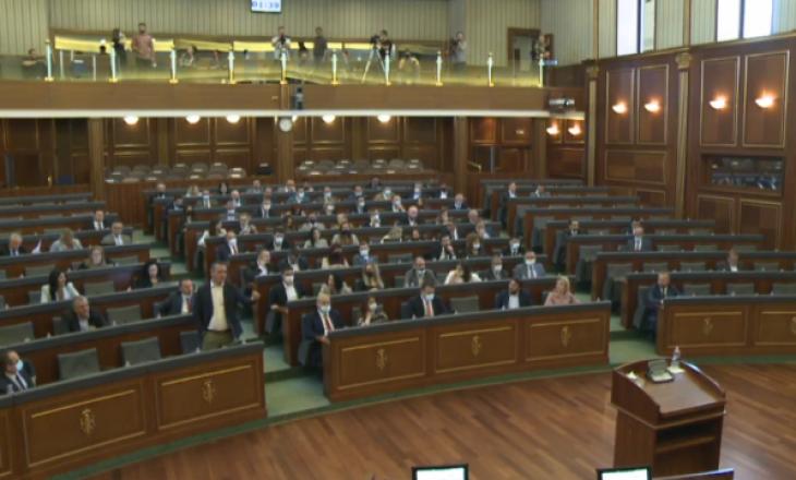 VV propozon futjen në rendin e ditës të dy propozimeve në Kuvend, opozita kundërshton