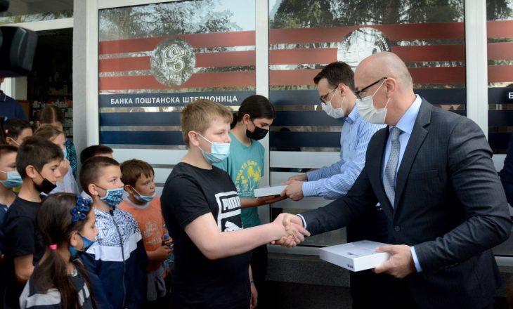 Petkoviq vizitë dhe ndihma në Veri, me leje të MPJ-së