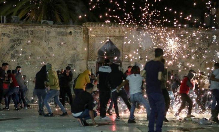 Bashkimi Evropian reagon në lidhje me veprimet në xhaminë Al-Aksa: Të shmangen veprimet provokuese, të ruhet 'status quo'-ja
