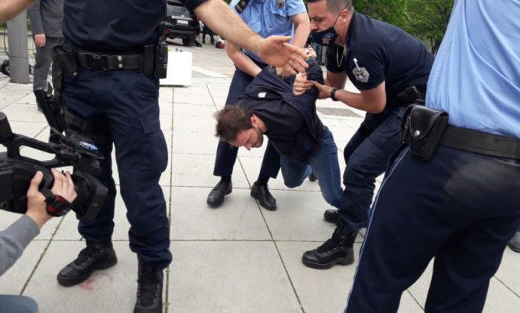 Aktivistët e PSD-së u gjobiten me nga 400 euro