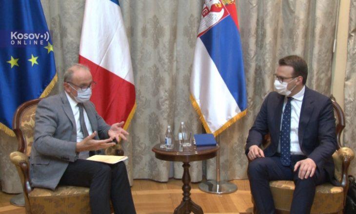 Petkoviq i ankohet ambasadorit francez për siç i quan 'sulmet ndaj kishave dhe manastireve serbe'