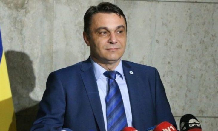 Ish-ministri boshnjak dënohet për korrupsion