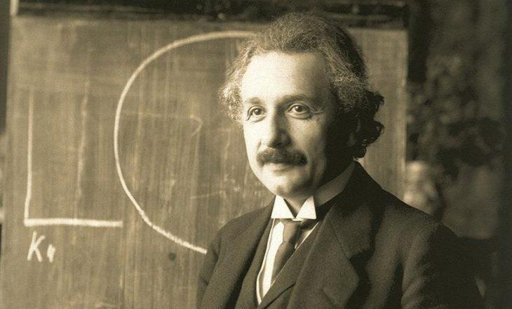 Letra e shkruar nga Albert Einstein me ekuacionin e famshëm shitet për 1.2 milionë dollarë