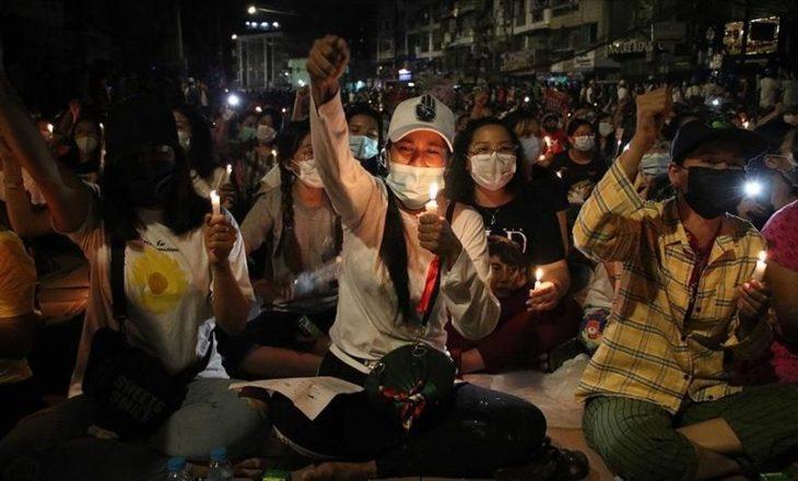 Shkon në 765 numri i viktimave nga dhuna e policisë në protestat që po mbahen kundër puçit ushtarak në Mianmar