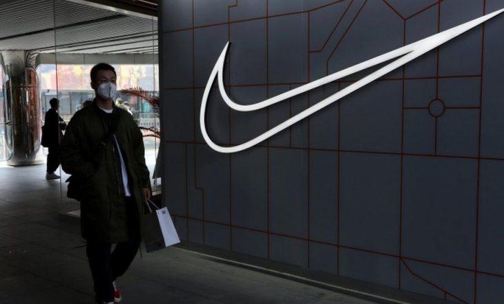 """Shefi ekzekutiv i """"Nike"""" thotë se firma është e Kinës dhe për Kinën"""