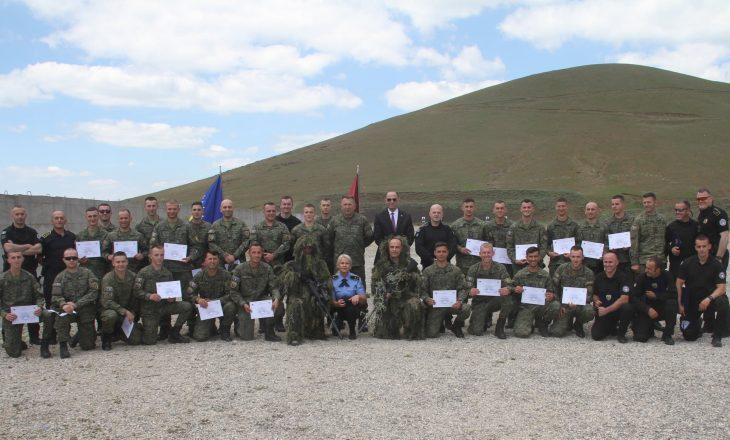 Certifikohen snajperistët e FSK-së