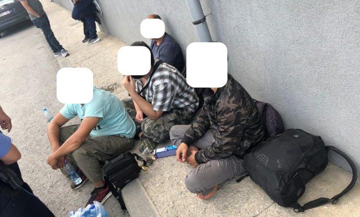 Katër refugjatë të ardhur nga Siria gjendet në një maunë, dogana jep detaje