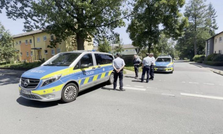 Dy persona vriten në Gjermani, policia në kërkim të dorasit
