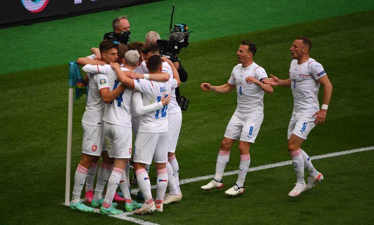 Çekia arrinë fitore përball Skocisë