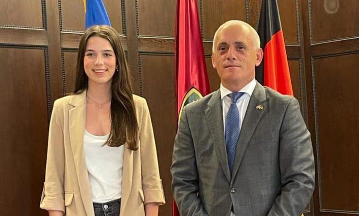 Dafina Berisha, shqiptarja e parë nga Kosova që kandidon për Bundestag