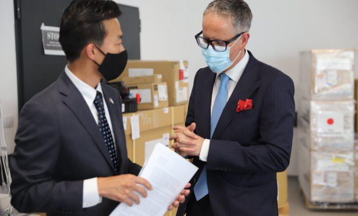 Japonia i dhuron Kosovës pajisje mjekësore në vlerë prej 810 mijë eurove