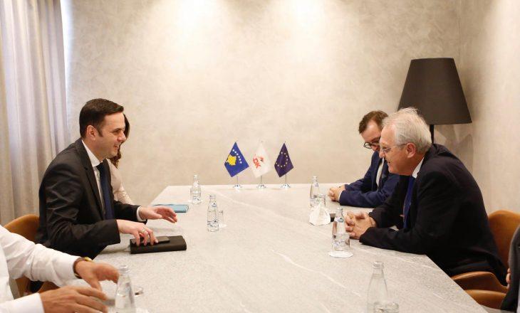 Abdixhiku priti në takim Zëvendës Presidentin e Parlamentit Evropian, Rainer Wieland