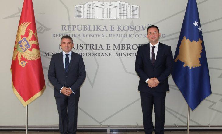 Mali i Zi dhuron vaksina anti-COVID për FSK-në