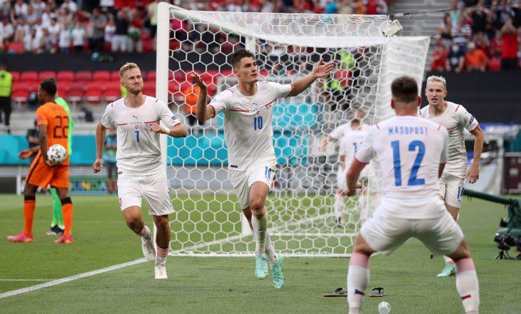 LIVE: Befason Çekia, mposht Holandën dhe kualifikohet në qerekfinale