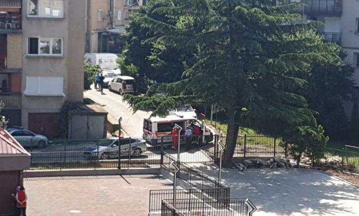 Goditet nga rryma një person në Prishtinë – dërgohet në QKUK