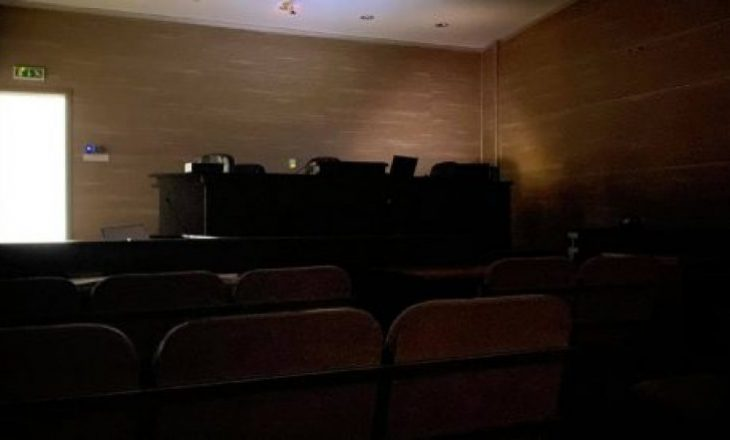 """Ndërpritet seanca në rastin """"Stenta 2"""" pasi ndalet rryma në një sallë në Pallatin e Drejtësisë"""