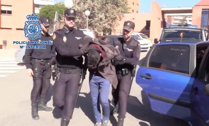 Burri spanjoll burgoset për vrasjen dhe ngrënien e nënës së tij