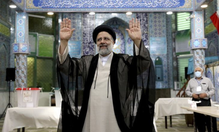 Ebrahim Raisi zgjedhet president i ri i Iranit