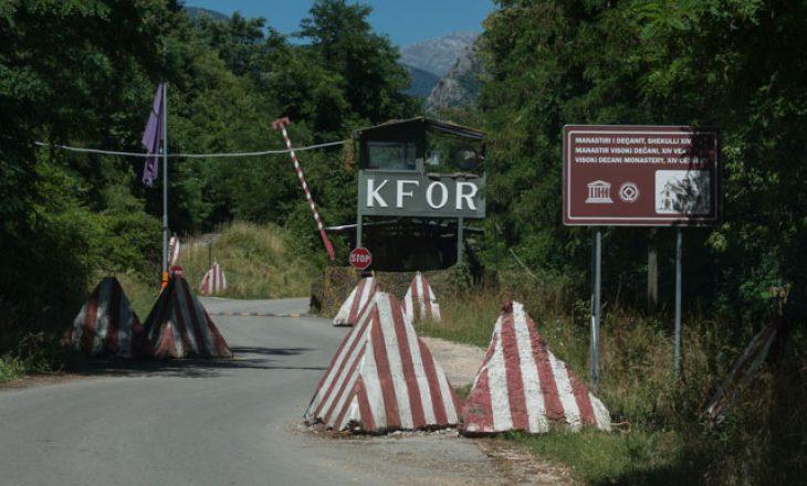 KFOR tregon nëse ka ndërmend ta kalojë Manastirin e Deçanit te Policia e Kosovës