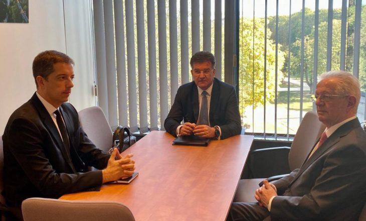 Hyseni: Serbia kërkoi t'i ofrojmë arkivat e UÇK-së
