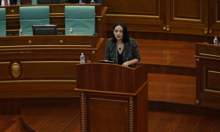 Pacolli e VV-së: Nuk votojmë asnjë deklaratë ku Kosova paraqitet me fusnotë