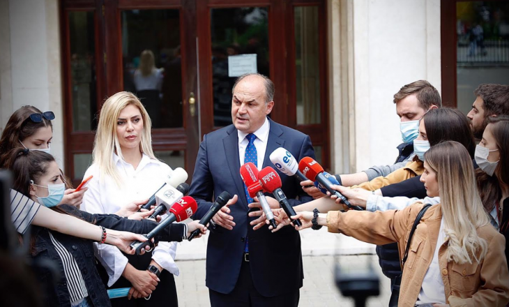 Hoxhaj pas takimit me Osmanin: Presidentja të dekretojë anëtarin e dytë të PDK-së në KQZ