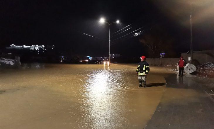 Kompensohen 56 familje të dëmtuara nga vërshimet e fundit në Malishevë