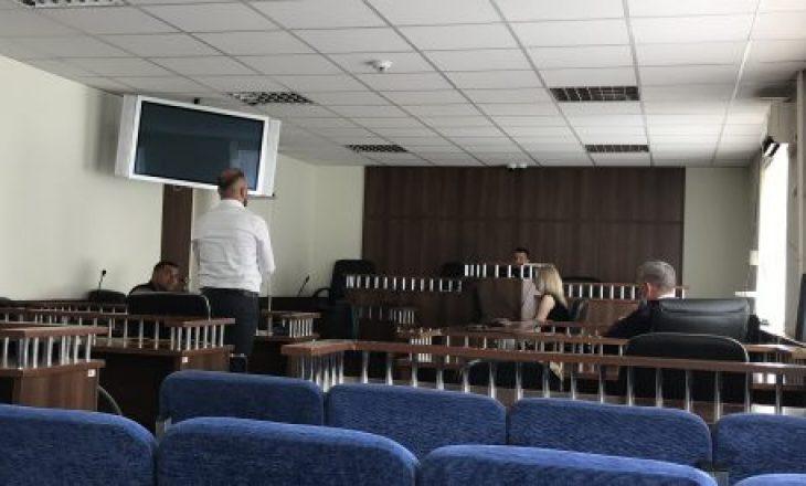 Ish-kryeshefi i kompanisë së mbeturinave në Mitrovicë pranon fajësinë për korrupsion