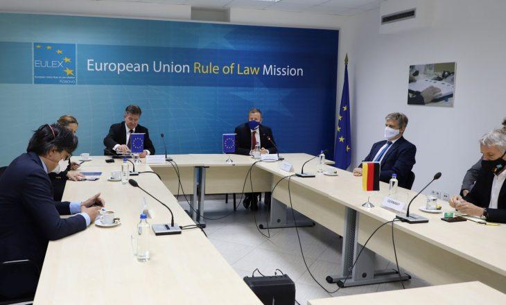 Lajçak informon shefat e misioneve të BE-së për takimin e radhës në Bruksel