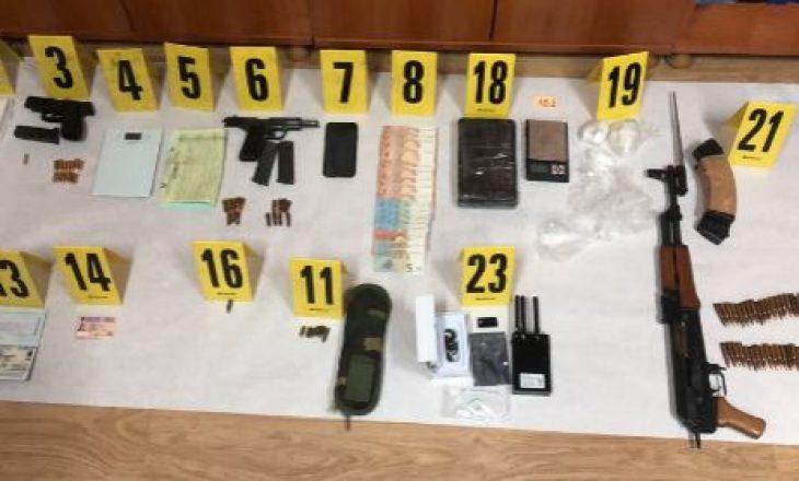 Policia jep detaje për aksionin ku është arrestuar një person dhe janë sekuestruar afro 3 kilogramë drogë
