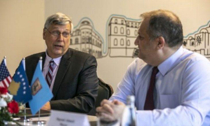 SHBA-ja do të ndërtojë rezidencë në Prishtinë për ambasadorin e saj