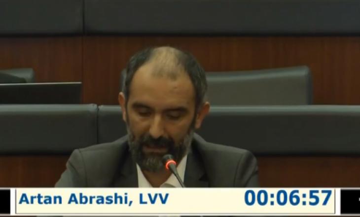 Abrashi: VV synon të ndërlidhë Kuvendin me procesin e dialogut