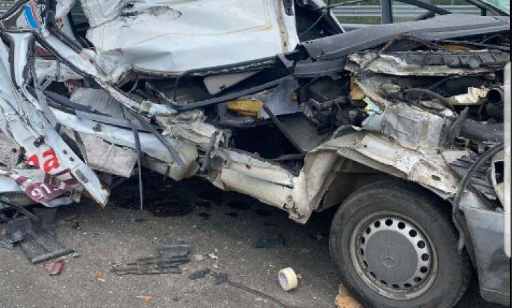 """Aksident në autostradën """"Arbër Xhaferi"""", një person i lënduar rëndë"""