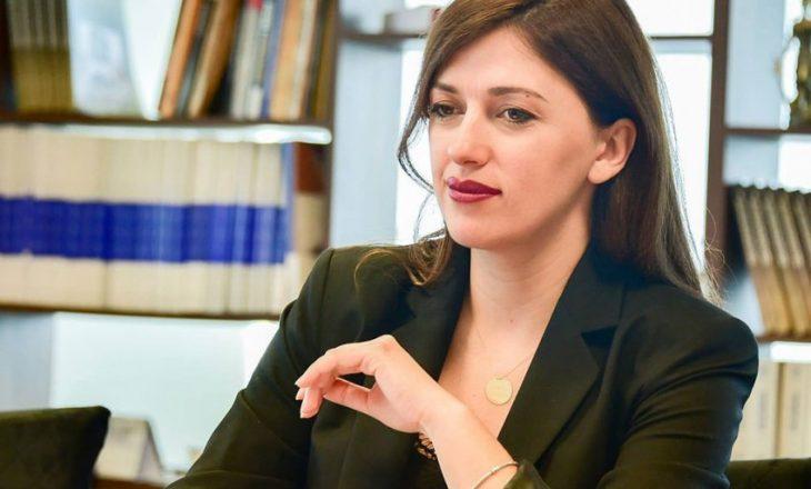 Haxhiu: Mbështetja e Qeverisë dhe Ministrisë nuk do mungojë asnjëherë për Institutin për krimet e kryera gjatë luftës