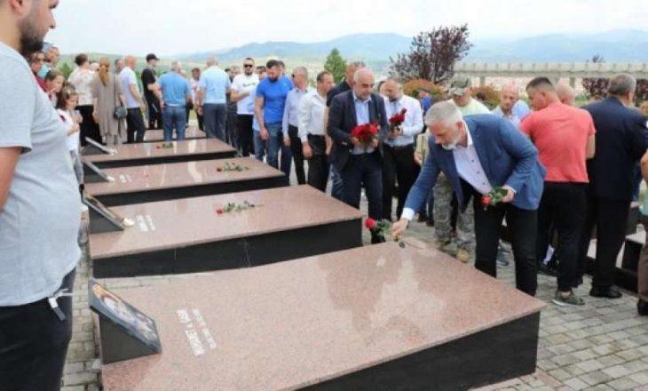 Mitrovica nderon dëshmorët e rënë në luftën e fundit