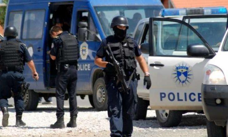 Arrestohen 20 persona për kontrabandë me emigrantë
