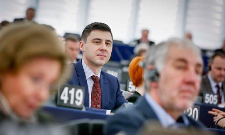 """Eurodeputeti hungarez për """"non-paper"""" e ri: Ka rëndësi për zgjerimin e Ballkanit Perëndimor"""
