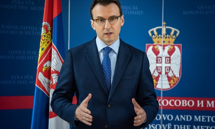 """Petkoviq thotë se shqiptarët """"e përndjeken"""" serben që u kthye në Gjakovë"""