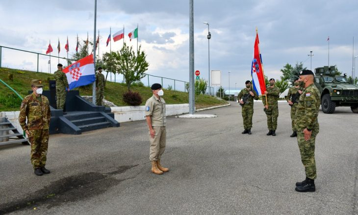 Ushtarët kroatë i bashkohen KFOR-it në Kosovë