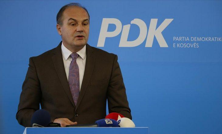Hoxhaj: Shoqëria e vitit 2021 ka ndryshuar, andaj duhet të ndryshojë edhe PDK-ja