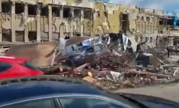 Tornadoja bëri kërdi në Çeki, policia çeke publikon pamjet